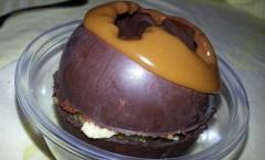 Sphère surprise et son caramel chaud