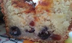 Gâteau ultra fondant aux amandes et cerises amarena