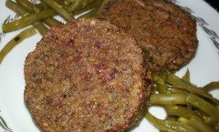 Steak végétalien au pesto et tomates séchées