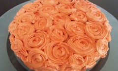 Carrot cake et son glaçage à la crème au beurre légère