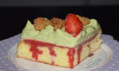 Gâteau fraise-citron vert façon poke cake
